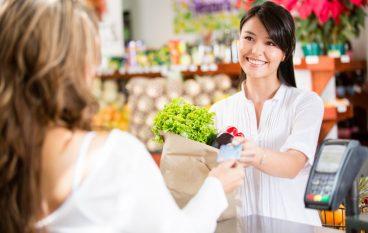 4 Ways To Save Money Eating Organic