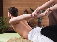 10 Benefits of Thai Yoga Massage