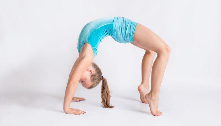 Top 5 Reasons Your Tween Should be Doing Yoga
