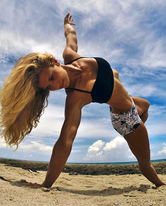 Owning It: Yoga Digest Podcast w/ Kerri Verna, a.k.a. @beachyogagirl