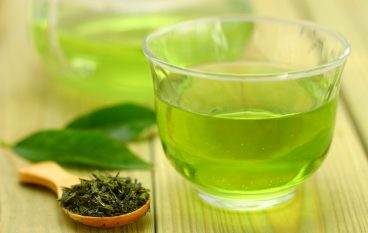 Drinking Green Tea On An Empty Stomach: Yay or Nay?