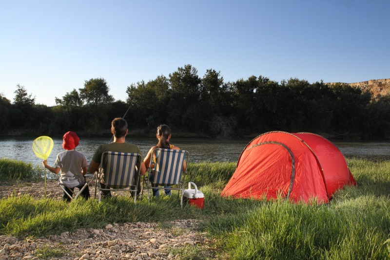 my summer holiday with my family and the camping trip How to prepare for a camping trip decide with whom you are camping if it is just you or your family, the next step is not quite as important.