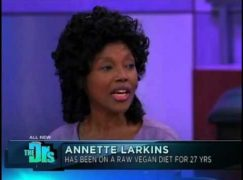 Meet Annette Larkins – The 70 Year Old That Looks 30