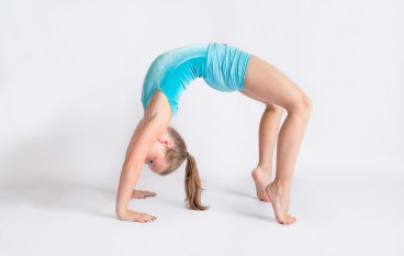 Top 5 Reasons Your Tween Should be Doing Yoga