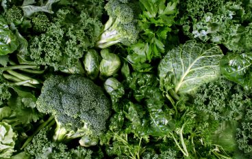 Learn to Love Leafy Greens: Increase Your Intake With These 7 Simple Tips