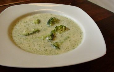 "Vegan ""Cream"" of Broccoli Soup Recipe"