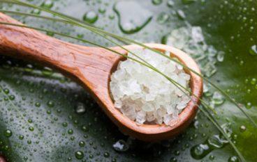 3 Reasons to Soak in Epsoak Epsom Salts 3 times a week!