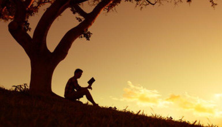 5 Health Benefits of Reading