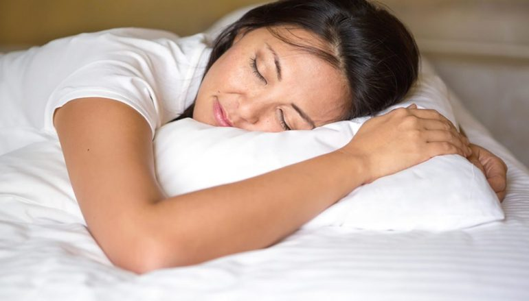 Tired of Feeling Sleep Deprived? 6 Steps to Snoozing Soundly