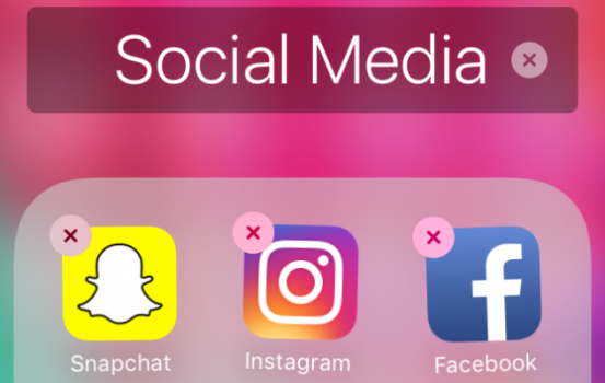 Here's Why and How to Do a Social Media Cleanse