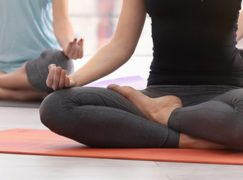 5 Benefits of Yoga for College Students