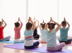 3 Tips for Parents to Introduce Yoga to Their Kids